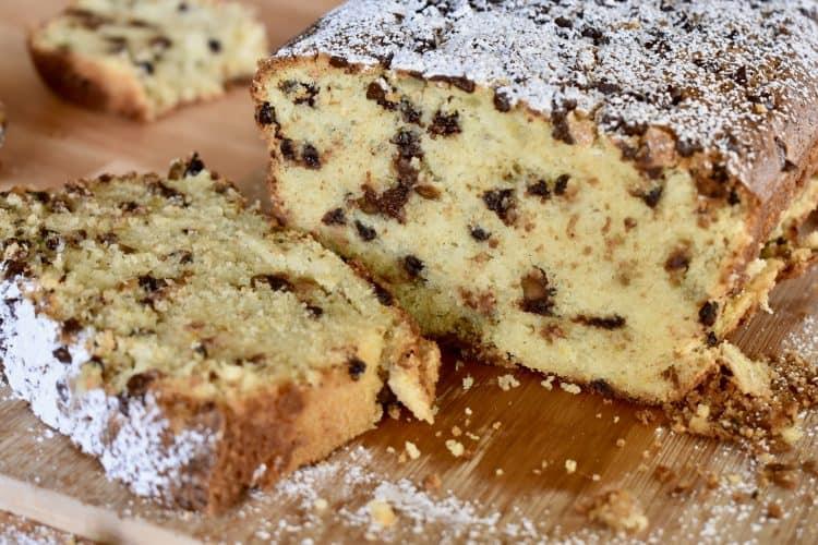 Cannoli Pound Cake | The BEST Cannoli Cake Recipe