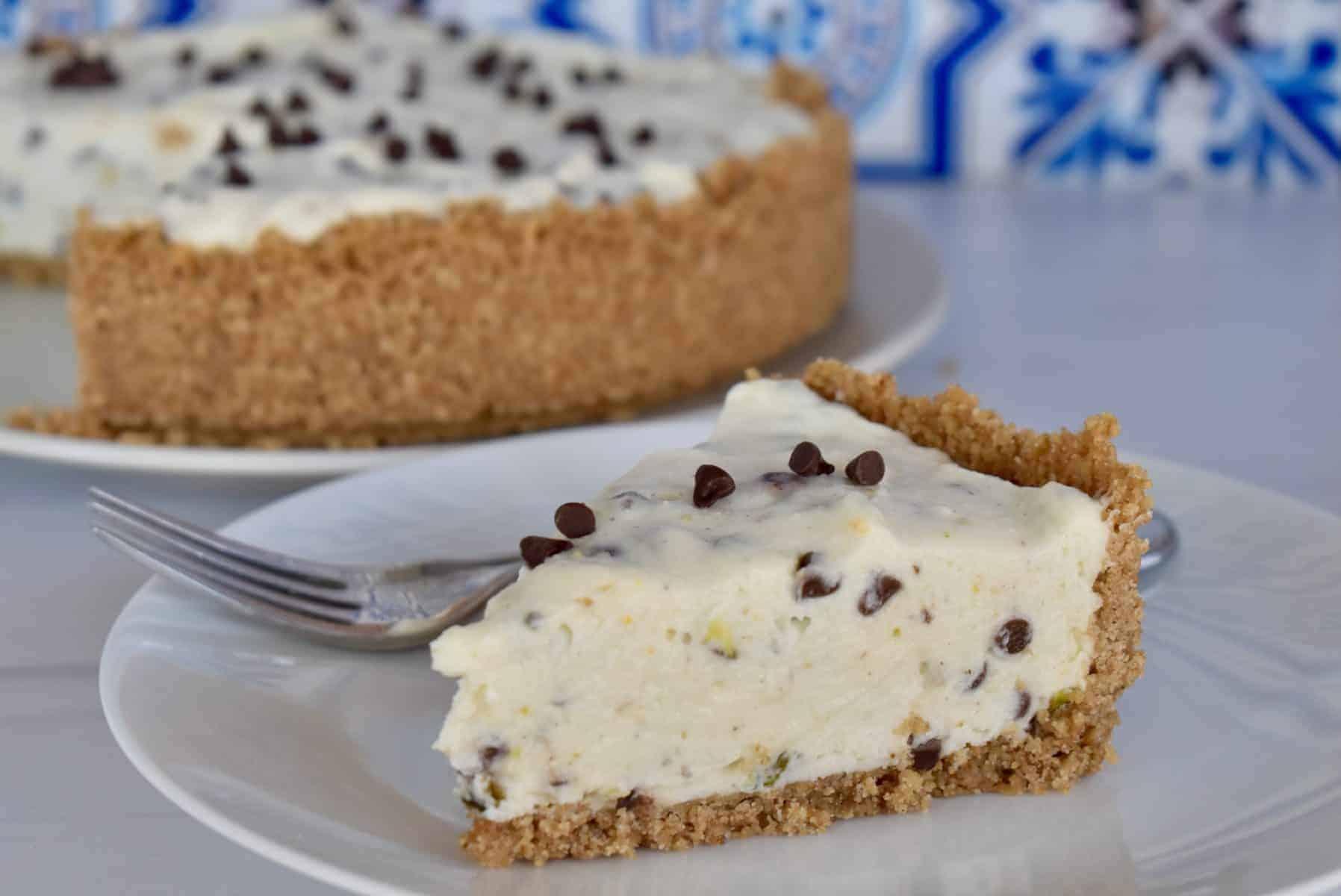 No Bake Cannoli Cheesecake.